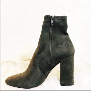 ALdo Ankle Boot Size 7.5